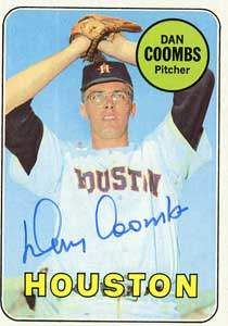 Dan Coombs Autograph on a 1969 Topps Baseball Card (#389 | <a href='../baseball_cards/baseball_cards_oneset.php?s=1969top01' title='1969 Topps Baseball Card Checklist'>Checklist</a>)