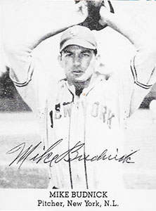 Mike Budnick Autograph on a 1947 Tip-Top Bread Baseball Card
