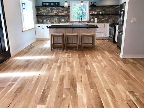 Natural Colored Oak Floors
