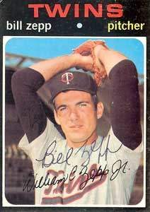Bill Zepp Autograph on a 1971 Topps (#271)