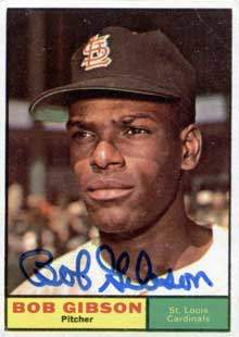 Bob Gibson Autograph on a 1961 Topps Baseball Card (#211 | <a href='../baseball_cards/baseball_cards_oneset.php?s=1961top01' title='1961 Topps Baseball Card Checklist'>Checklist</a>)