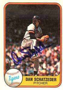 Dan Schatzeder Autograph on a 1981 Fleer (#482)