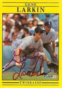 Gene Larkin Autograph on a 1991 Fleer (#615)