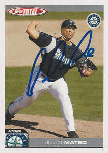 Julio Mateo Autograph on a 2004 Topps Total (#132)