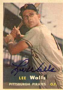 Lee 'Captain Midnight' Walls Autograph on a 1957 Topps Baseball Card (#52 | <a href='../baseball_cards/baseball_cards_oneset.php?s=1957top01' title='1957 Topps Baseball Card Checklist'>Checklist</a>)