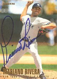 Mariano Rivera Autograph on a 1996 Fleer Baseball Card (#195)