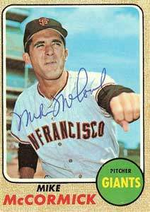 Mike McCormick Autograph on a 1968 Topps Baseball Card (#400 | <a href='../baseball_cards/baseball_cards_oneset.php?s=1968top01' title='1968 Topps Baseball Card Checklist'>Checklist</a>)