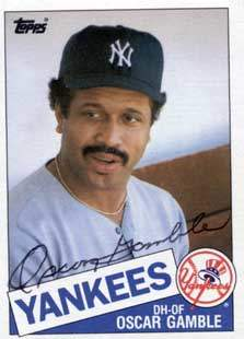 Oscar Gamble Autograph on a 1985 Topps Baseball Card (#724 | <a href='../baseball_cards/baseball_cards_oneset.php?s=1985top06' title='1985 Topps Baseball Card Checklist'>Checklist</a>)