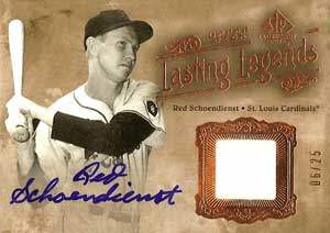 Red Schoendienst Autograph on a 2002 Upper Deck SP Baseball Card (#06/25)