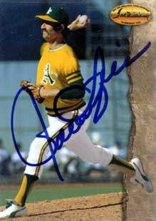 Rollie Fingers Autograph on a 1994 Ted Williams Card Co. (#66)