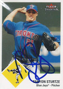 Tanyon Sturtze Autograph on a 2003 Fleer Tradition (#U56)