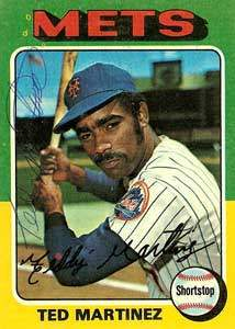 Ted Martinez Autograph on a 1975 Topps Baseball Card (#637 | <a href='../baseball_cards/baseball_cards_oneset.php?s=1975top01' title='1975 Topps Baseball Card Checklist'>Checklist</a>)