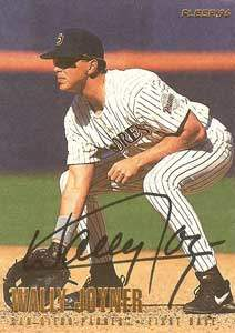 Wally Joyner Autograph on a 1996 Fleer (#U198)