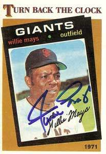 Willie Mays Autograph on a 1986 Topps Baseball Card (#403 | <a href='../baseball_cards/baseball_cards_oneset.php?s=1986top07' title='1986 Topps Baseball Card Checklist'>Checklist</a>)