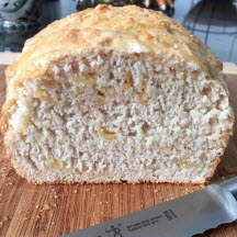 Easy Cheesy Beer Bread