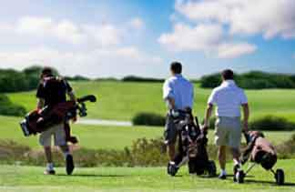 Things to do in Fife - Golf players